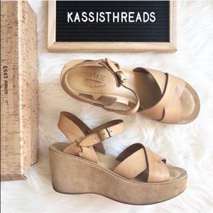 Kork-ease natural nude wedges size 9 comfortable